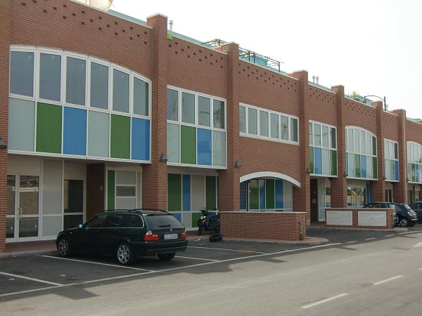 Loft / Openspace in affitto a Livorno, 4 locali, zona Località: PERIFERIA SUD, prezzo € 1.300 | Cambio Casa.it