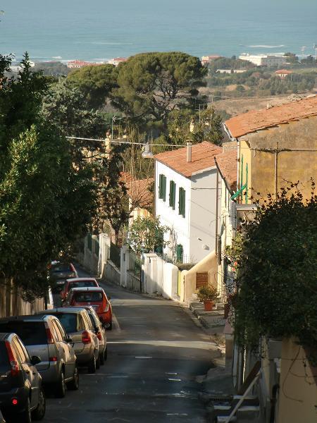Soluzione Indipendente in vendita a Livorno, 4 locali, zona Località: MONTENERO, prezzo € 200.000   Cambio Casa.it