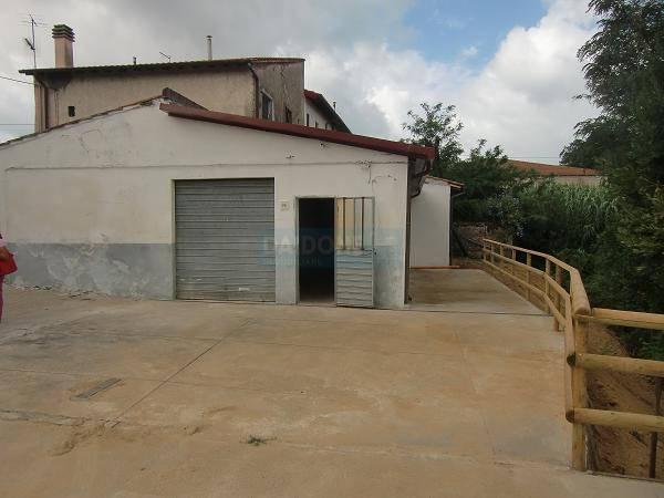 Capannone in vendita a Livorno, 3 locali, zona Località: PERIFERIA NORD, prezzo € 119.000 | Cambio Casa.it