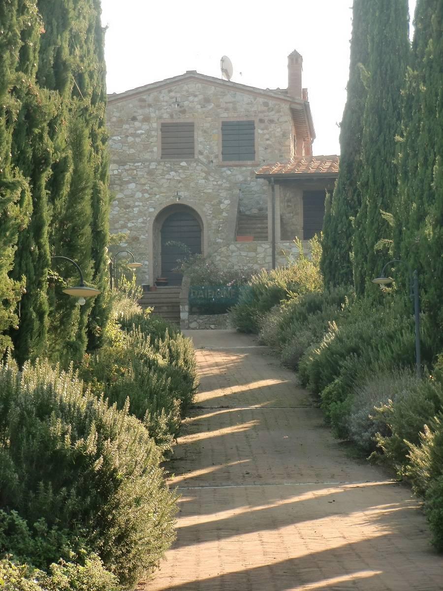 Villa in vendita a Santa Luce, 12 locali, zona Zona: Pomaia, prezzo € 1.900.000 | Cambio Casa.it