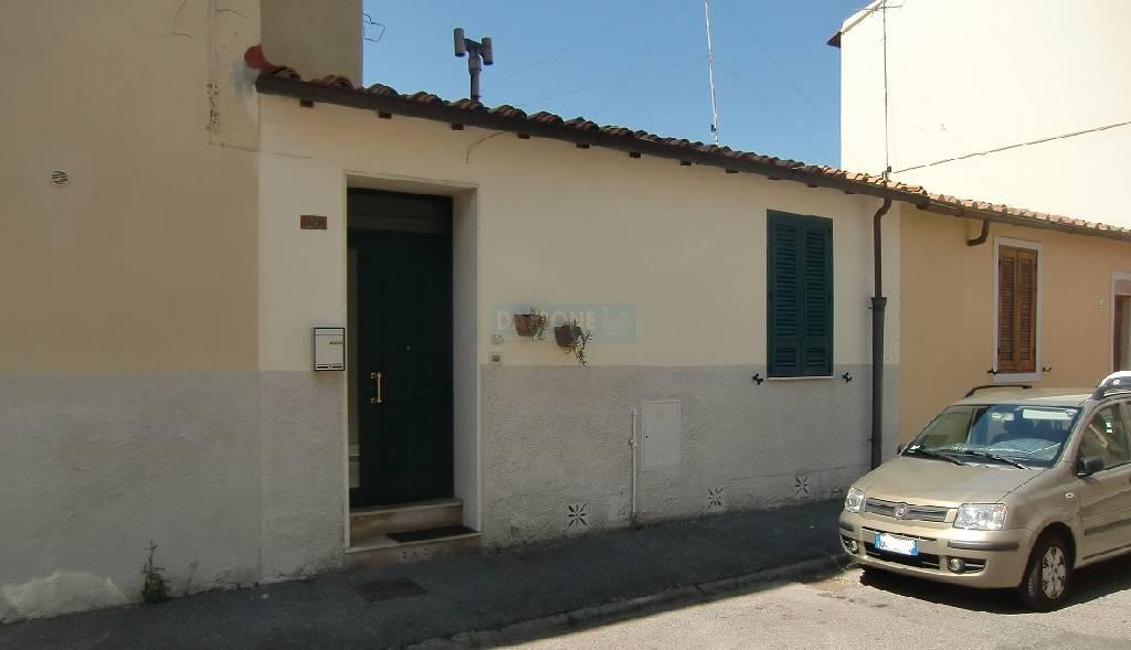 Soluzione Indipendente in vendita a Livorno, 3 locali, zona Località: ARDENZA, prezzo € 120.000   Cambio Casa.it