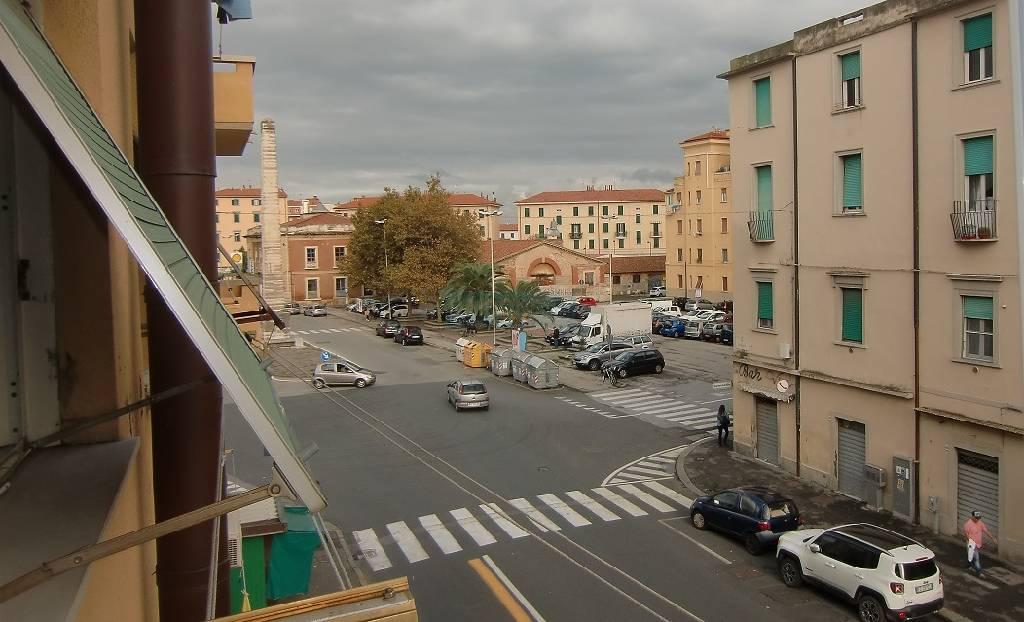 vendita appartamento livorno periferia est Via Giuseppe Garibaldi 98000 euro  4 locali  70 mq