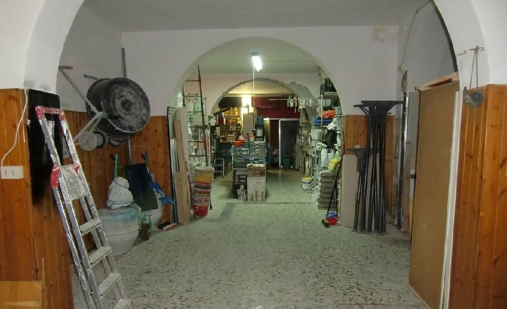 Laboratorio in vendita a Livorno, 2 locali, zona Località: CENTRO, prezzo € 80.000 | Cambio Casa.it