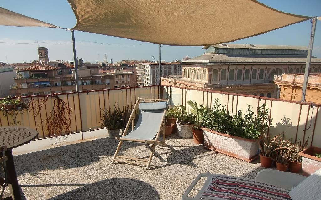 Attico / Mansarda in vendita a Livorno, 3 locali, zona Località: CENTRO, prezzo € 195.000 | Cambio Casa.it