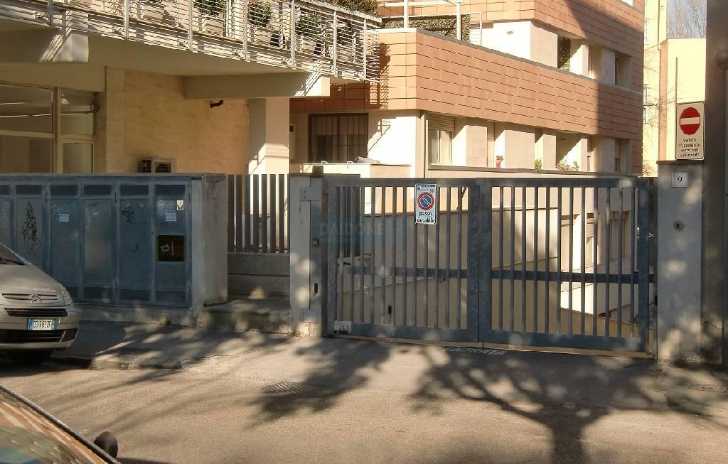 Box / Garage in vendita a Livorno, 1 locali, zona Località: CENTRO, prezzo € 28.000 | Cambio Casa.it