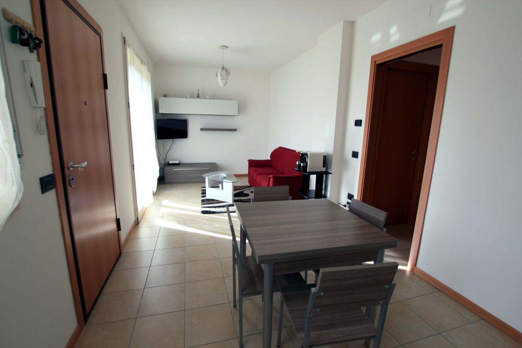 Appartamento in ottime condizioni in vendita Rif. 9221857