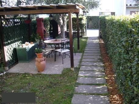 Rustico/Casale/Corte CAMPI BISENZIO L457