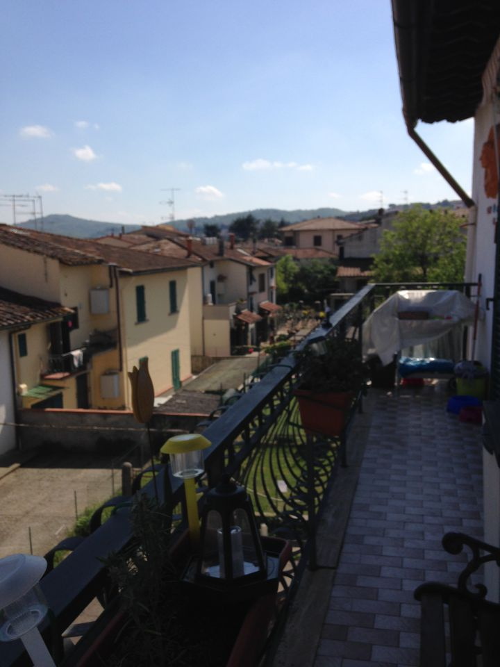 vendita appartamento signa colli bassi  145000 euro  4 locali  85 mq