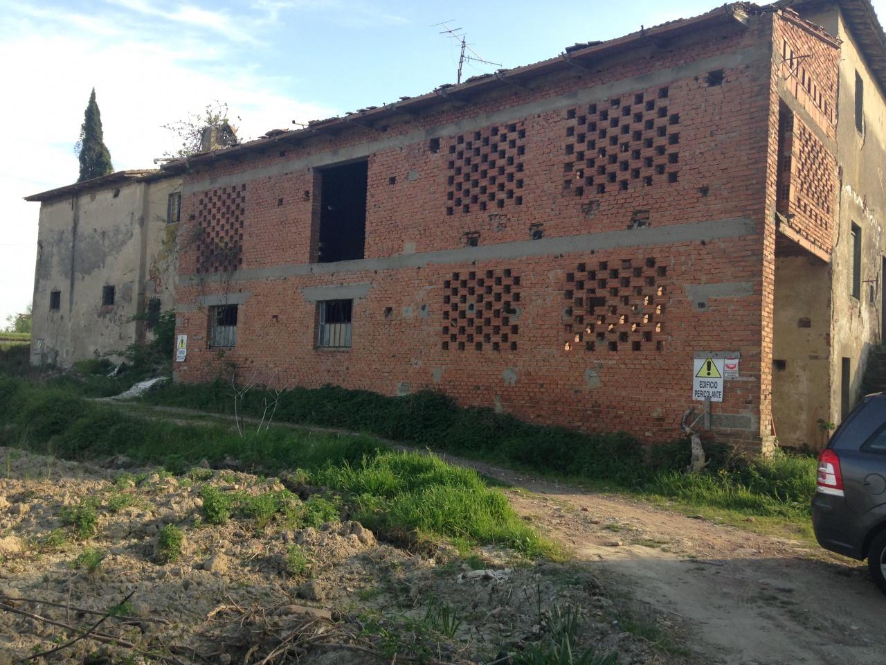 Rustico / Casale in vendita a Signa, 9999 locali, prezzo € 800.000 | CambioCasa.it