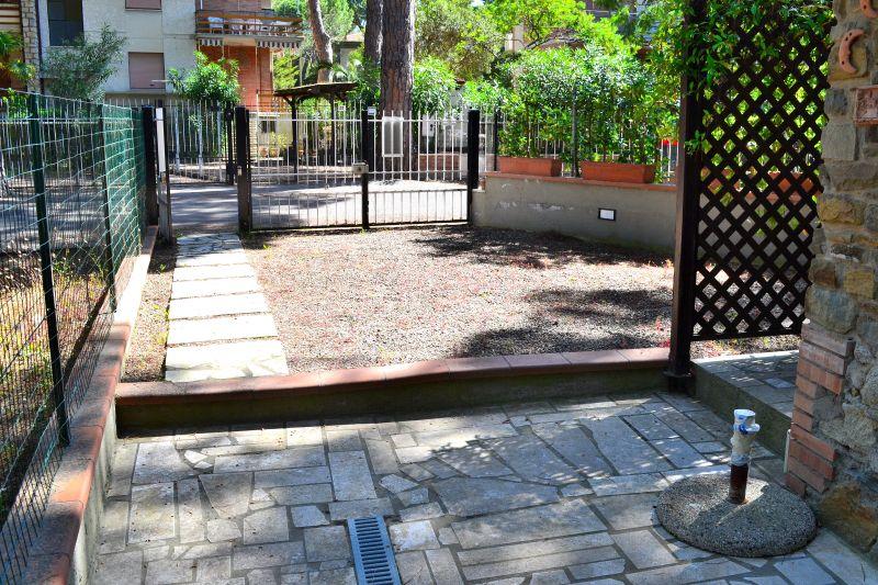 Soluzione Indipendente in affitto a Grosseto, 2 locali, zona Località: MARINA DI GROSSETO, prezzo € 800 | Cambiocasa.it