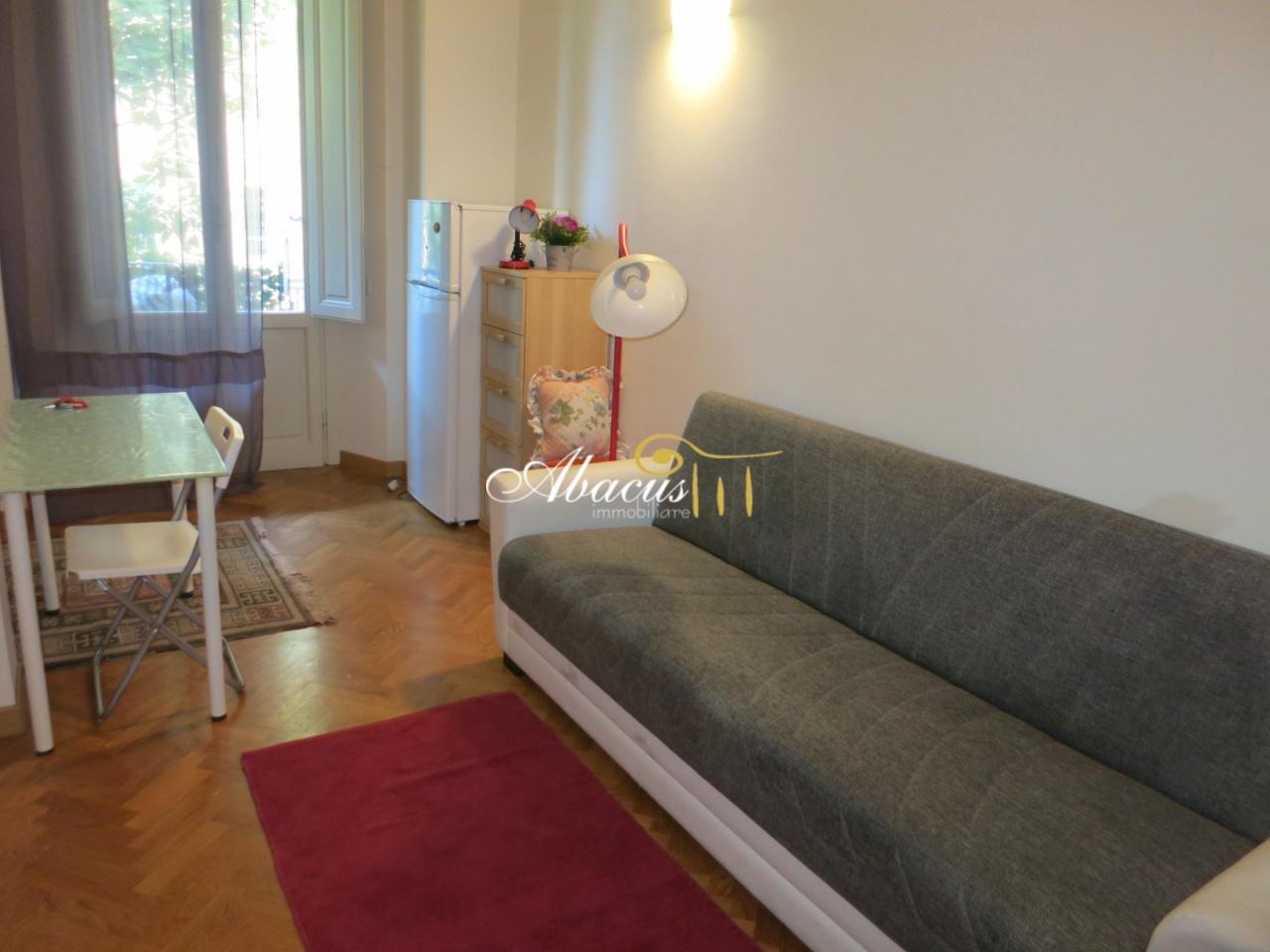Appartamento in ottime condizioni arredato in affitto Rif. 11305224