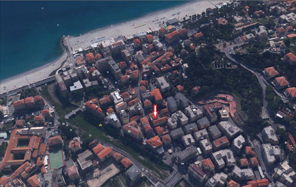 Negozio / Locale in affitto a Finale Ligure, 9999 locali, zona Località: pia, Trattative riservate | Cambio Casa.it