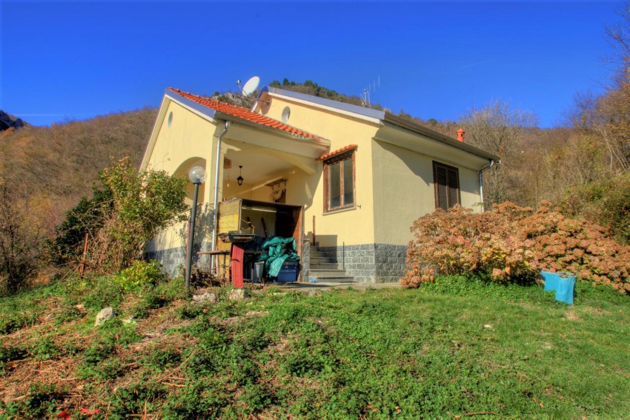 Villa in vendita a Magliolo, 5 locali, prezzo € 169.000   PortaleAgenzieImmobiliari.it