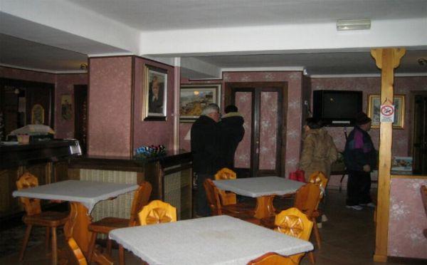 Albergo in vendita a Valtournenche, 42 locali, Trattative riservate | PortaleAgenzieImmobiliari.it