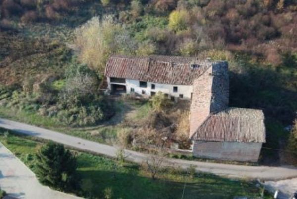 Rustico / Casale in vendita a Costigliole d'Asti, 20 locali, prezzo € 250.000 | PortaleAgenzieImmobiliari.it