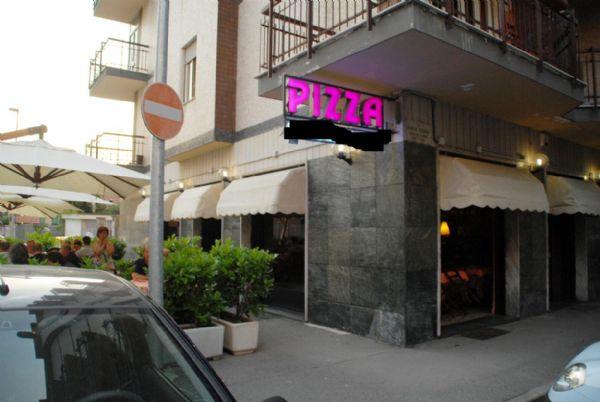 Pub / Discoteca / Locale in vendita a Venaria Reale, 4 locali, prezzo € 150.000   PortaleAgenzieImmobiliari.it
