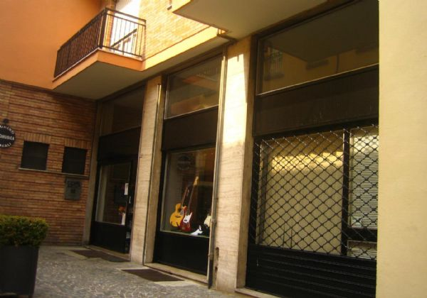 Bilocale Asti Via Garetti 2