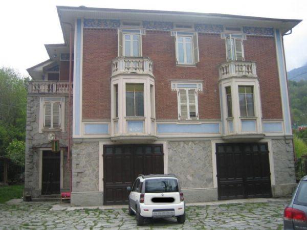 Villa in vendita a Rubiana, 12 locali, prezzo € 350.000 | PortaleAgenzieImmobiliari.it