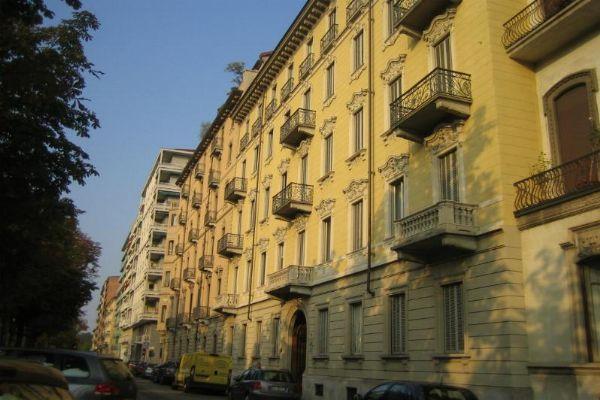 Bilocale Torino Corso Galileo Ferraris 1