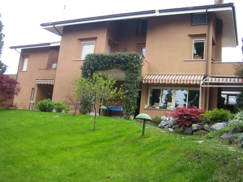 Villa in ottime condizioni in vendita Rif. 9956094