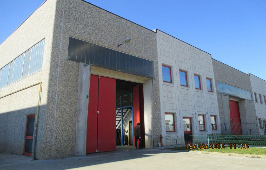 Capannone in vendita a Alpignano, 2 locali, prezzo € 390.000 | PortaleAgenzieImmobiliari.it
