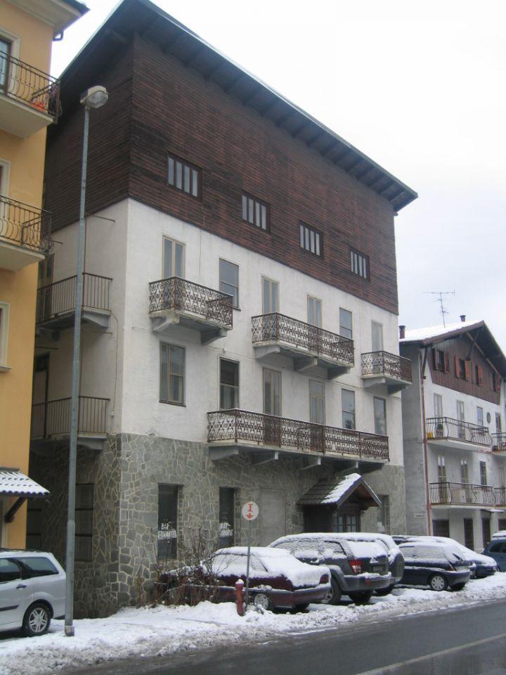 Albergo in vendita a Chiomonte, 25 locali, prezzo € 390.000 | PortaleAgenzieImmobiliari.it