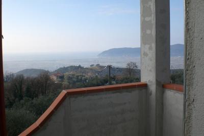 Villa in Vendita a Castelnuovo Magra