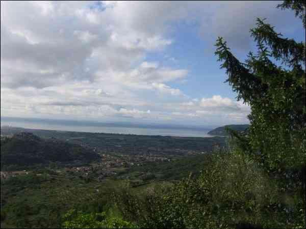 Soluzione Indipendente in vendita a Ortonovo, 6 locali, zona Zona: Ortonovo, Trattative riservate | Cambio Casa.it