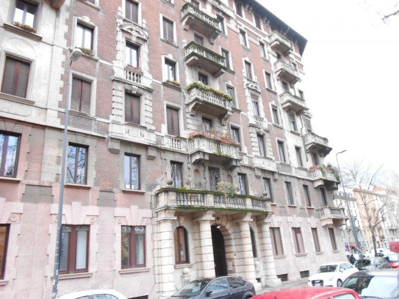 Bilocale Milano Piazza Grandi 11