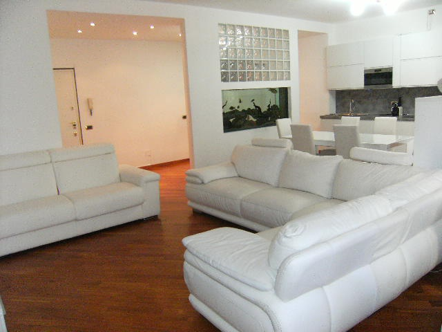 Milano | Appartamento in Affitto in Via carlo Tenca  | lacasadimilano.it