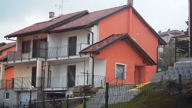Soluzione Indipendente in vendita a Castagneto Po, 8 locali, prezzo € 250.000 | Cambio Casa.it