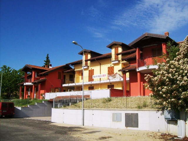 Appartamento in vendita a Castagneto Po, 4 locali, prezzo € 139.000 | Cambio Casa.it