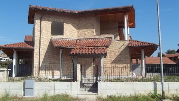 Soluzione Indipendente in vendita a Torrazza Piemonte, 10 locali, prezzo € 280.000 | CambioCasa.it