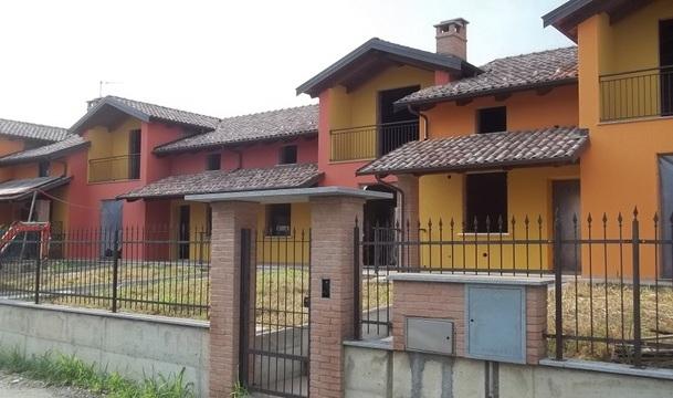 Soluzione Indipendente in vendita a Torrazza Piemonte, 7 locali, Trattative riservate | CambioCasa.it