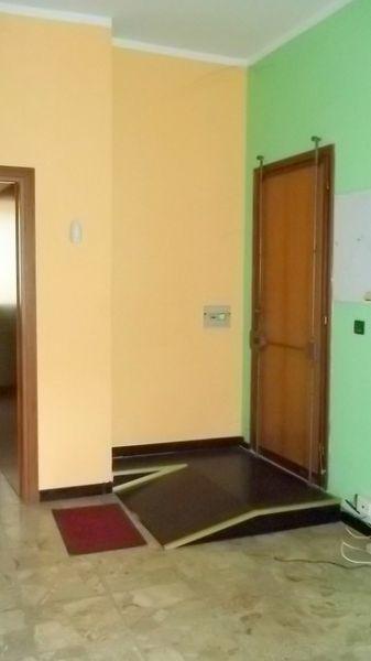 Negozio / Locale in affitto a Chivasso, 1 locali, prezzo € 300 | Cambio Casa.it