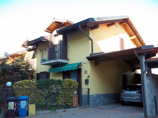 Soluzione Indipendente in vendita a Castagneto Po, 5 locali, prezzo € 150.000 | Cambio Casa.it