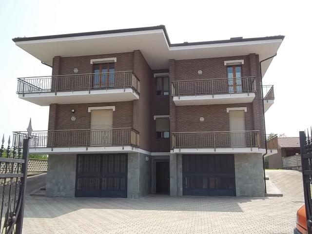 Appartamento in affitto a Foglizzo, 5 locali, prezzo € 550 | CambioCasa.it