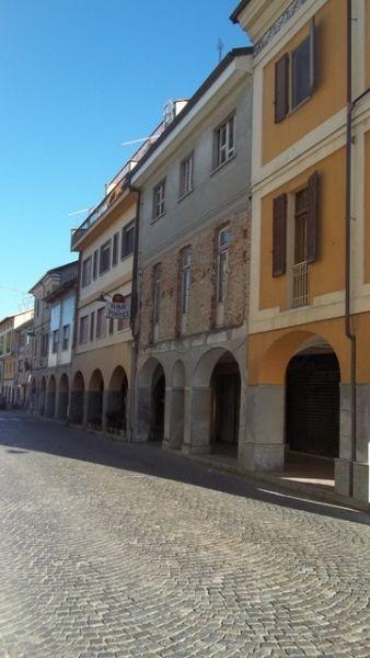 Soluzione Indipendente in vendita a Verolengo, 10 locali, prezzo € 290.000 | CambioCasa.it