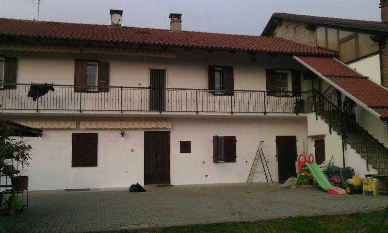 Soluzione Semindipendente in vendita a Mazzè, 10 locali, prezzo € 199.000 | Cambio Casa.it