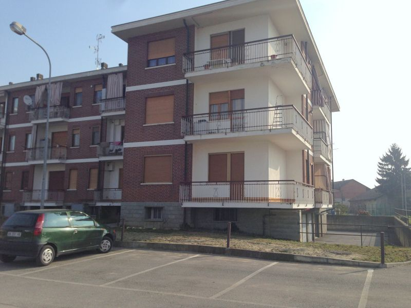 Appartamento in vendita a Rondissone, 2 locali, prezzo € 53.000 | CambioCasa.it
