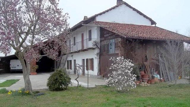 Soluzione Indipendente in vendita a Saluggia, 8 locali, prezzo € 295.000 | CambioCasa.it
