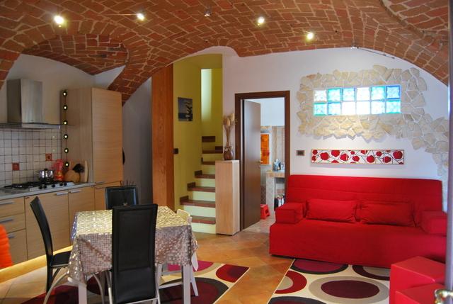 Soluzione Indipendente in vendita a Monteu da Po, 4 locali, prezzo € 119.000 | Cambio Casa.it