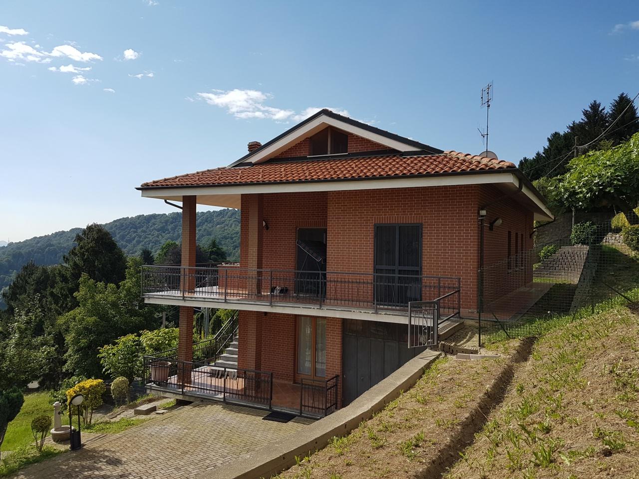 Soluzione Indipendente in vendita a Castagneto Po, 8 locali, prezzo € 229.000 | PortaleAgenzieImmobiliari.it