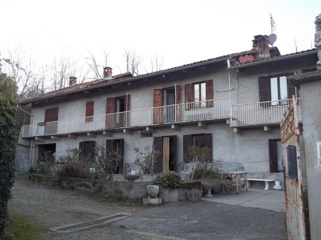 Soluzione Indipendente in vendita a Castagneto Po, 16 locali, prezzo € 390.000 | Cambio Casa.it