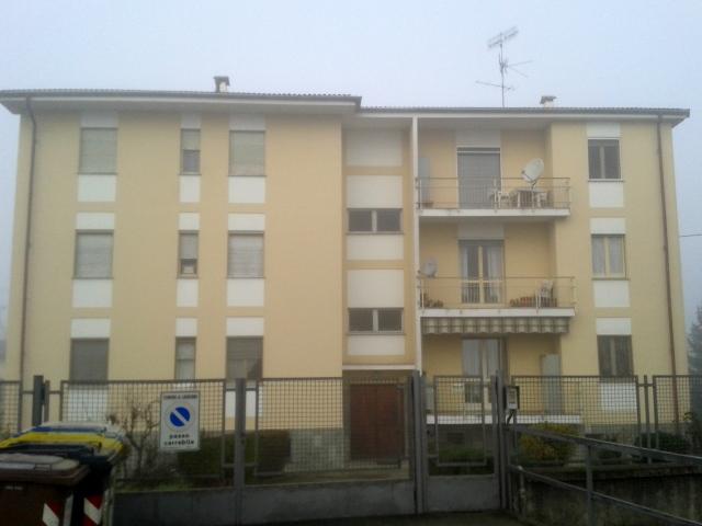 Appartamento in vendita a Lauriano, 5 locali, prezzo € 70.000 | CambioCasa.it