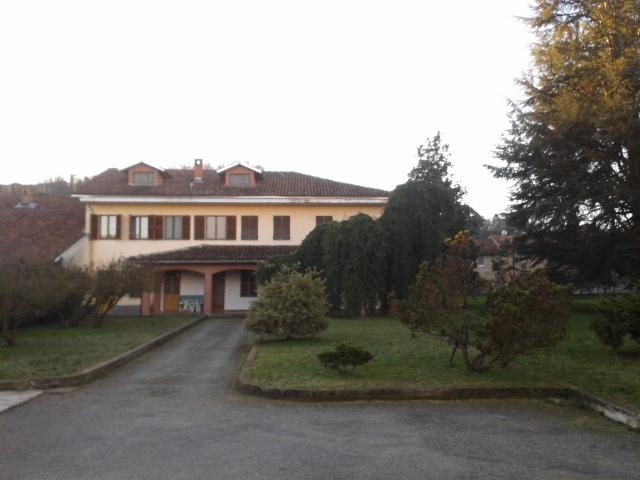 Soluzione Indipendente in vendita a Brusasco, 11 locali, prezzo € 320.000 | Cambio Casa.it