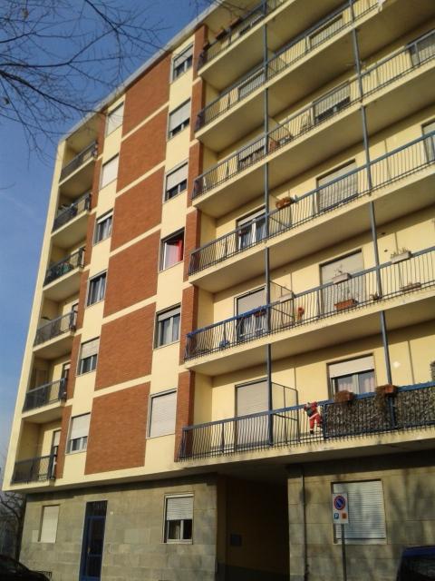 Appartamento in vendita a Brandizzo, 3 locali, prezzo € 69.000 | Cambio Casa.it