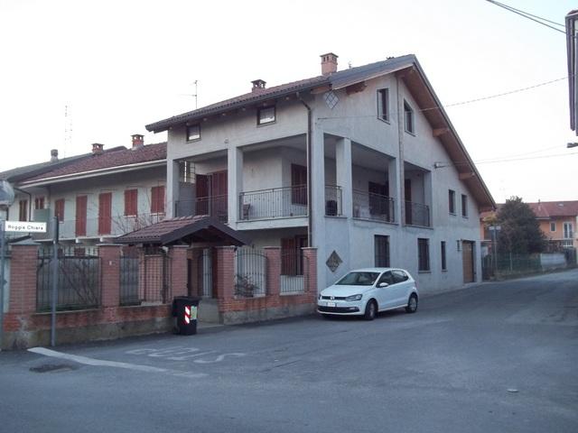 Soluzione Indipendente in vendita a Verolengo, 8 locali, prezzo € 215.000 | Cambio Casa.it