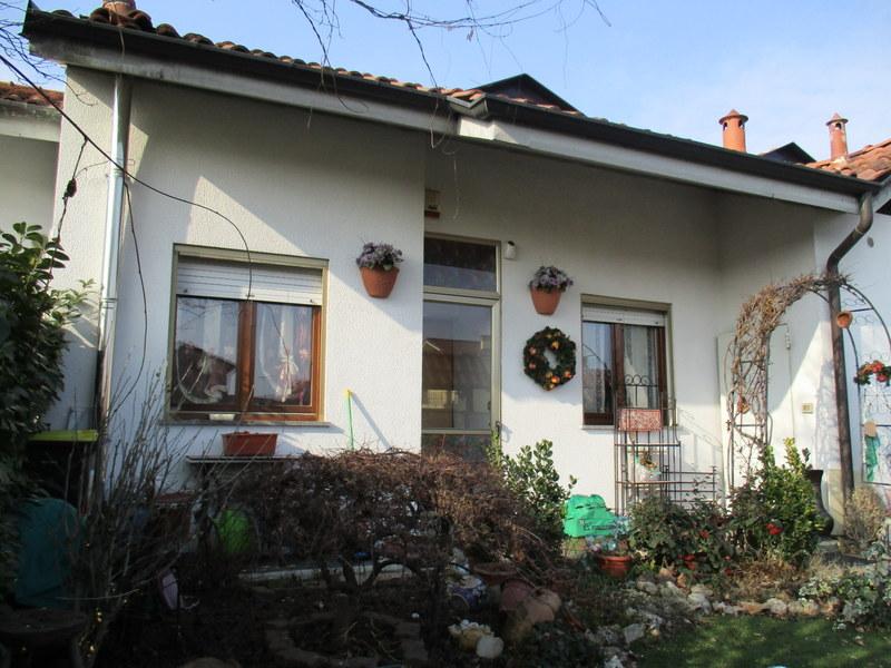 Soluzione Indipendente in vendita a Foglizzo, 6 locali, prezzo € 148.000 | CambioCasa.it