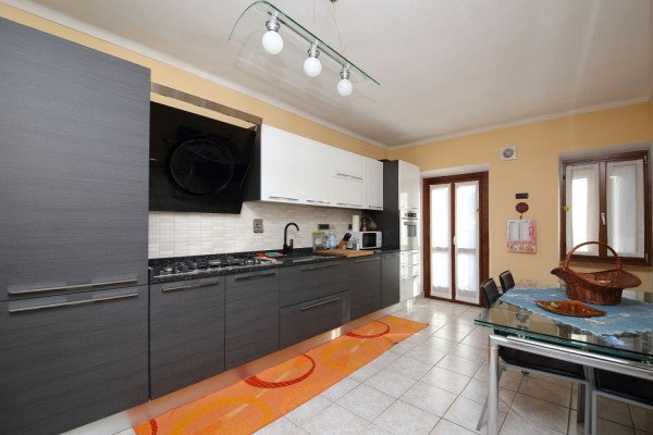 Appartamento in vendita a Castiglione Torinese, 3 locali, prezzo € 119.000 | Cambio Casa.it